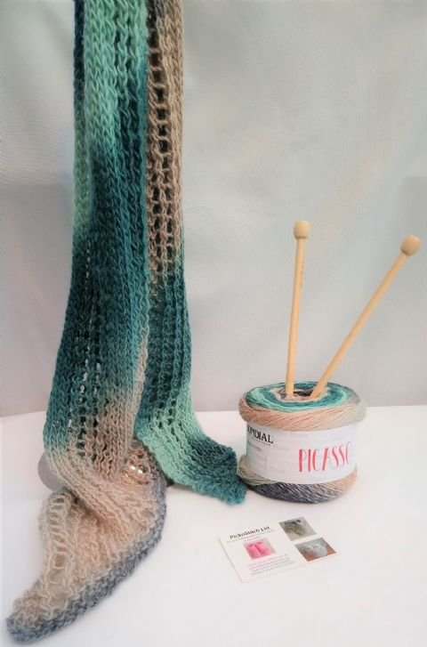 Lacy Scarf knitting kit